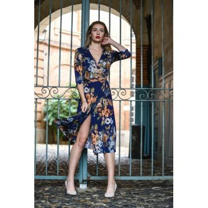 Robe cache-coeur porte-feuille bleu foncé fleurs oranges