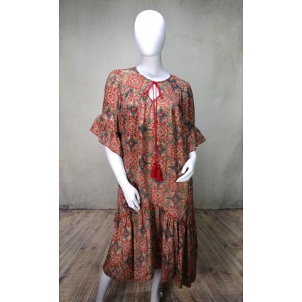 Robe longue droite motif rosaces rouges Goa