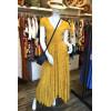 Robe longue tissu crêpe jaune ronds dorés dos décolleté Goa