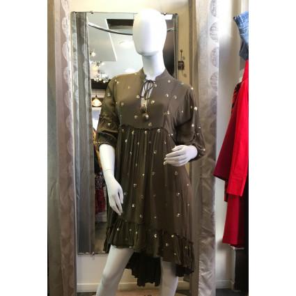 Robe bohème vert kaki col pompon et ronds dorés Goa