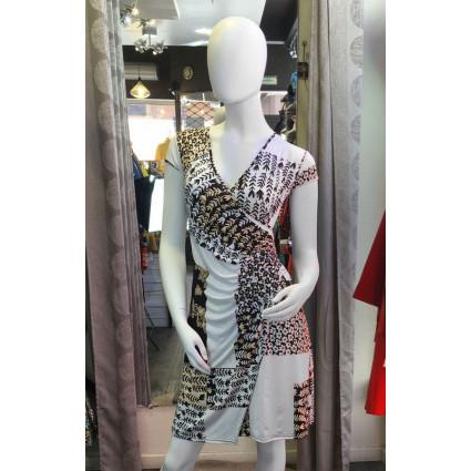 Robe cache-coeur blanche motif beige et noir Fifilles de Paris