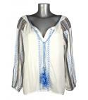 Haut style blouse bohème blanche broderie bleu ciel